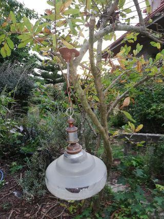 lampara muy antigua