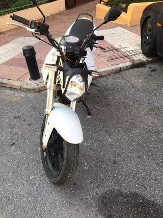 Motor Hispania MH7 LC 125cc
