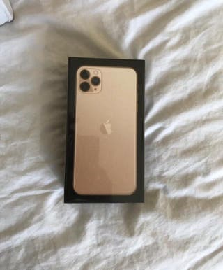 iPhone 11 Pro Max Gold - 256GB - Sealed