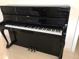 Piano vertical Schimmel
