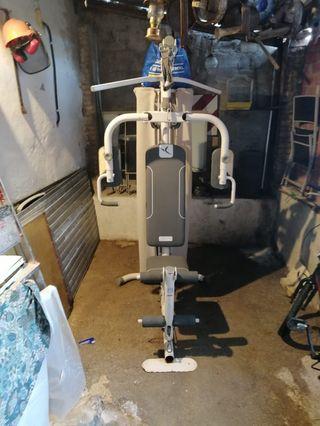 Maquina de gym o pesas