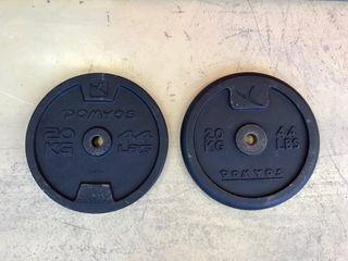 Discos de 20 Kg 19 euros la unidad.