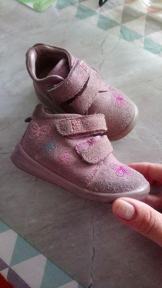 Lote de 4 pares de zapatos para bebé niña