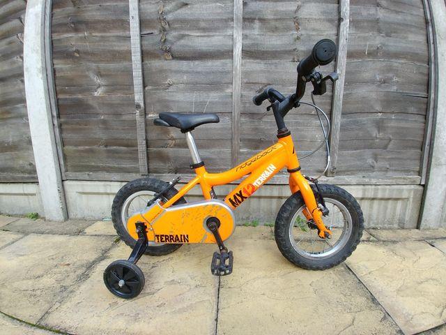 ridgeback bike 12 inches. wood green. london.