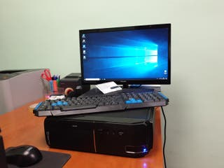 torre sobremesa quadcore / 4GB RAM / SSD 240G