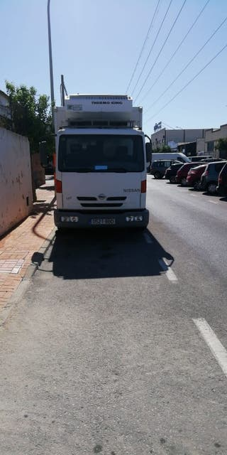 Nissan camion 2001