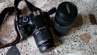 Canon 1100D con dos objetivos
