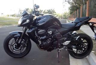 Kawasaki Z750 Negra