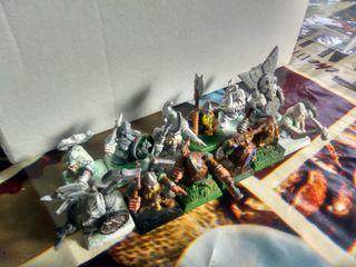 12 Guerreros enanos - Warhammer Fantasy