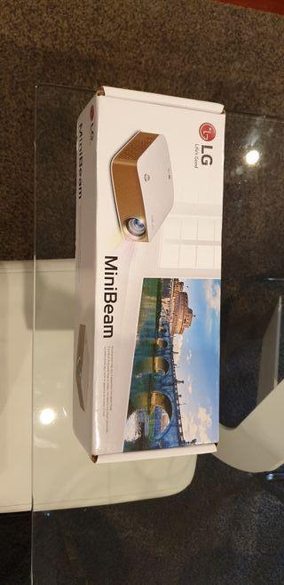 Proyector Led portátil LG MiniBeam PH150G