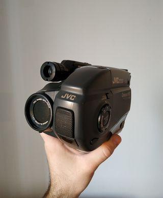Cámara de vídeo (VHS) JVC GR-AX40