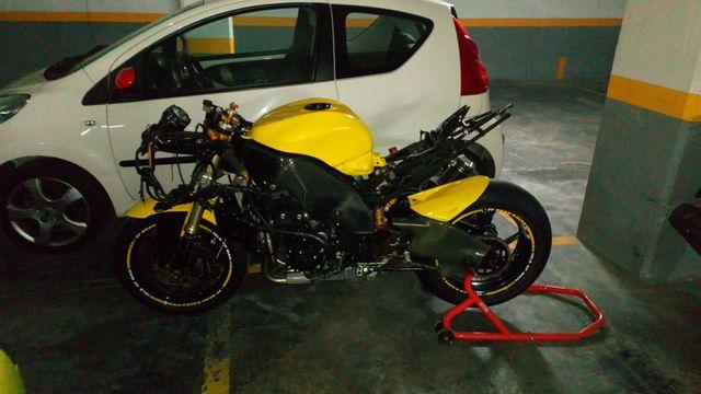 Kawasaki Zx10R Circuito Pista Muy Bonita