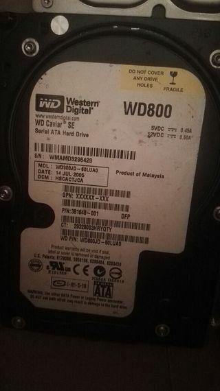 2 discos duros y varias RAM