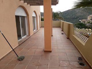 Apartamento en venta en Calahonda en Mijas