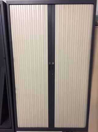Armario persiana para oficina con llave altura 2m