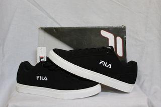 Vendo zapatillas FILA nuevas en su caja.