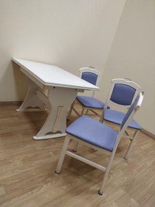mesa y sillas buen estado