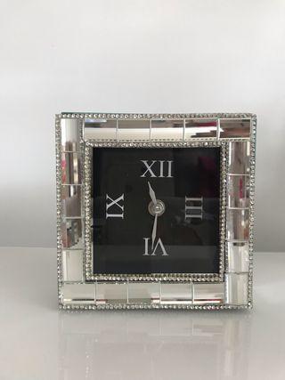 Elegante reloj decoración 15x15cm