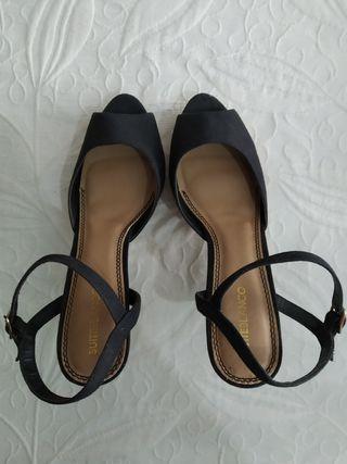 Zapatos negros tacón Tienda Blanco Talla 40
