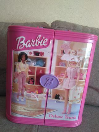 Barbie Deluxe Trunk