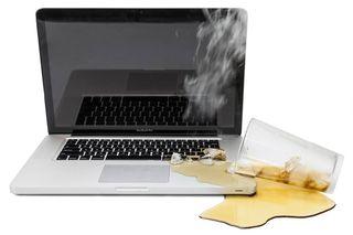 Tu Macbook Pro / Air Se ha mojado?? Repáralo Aquí