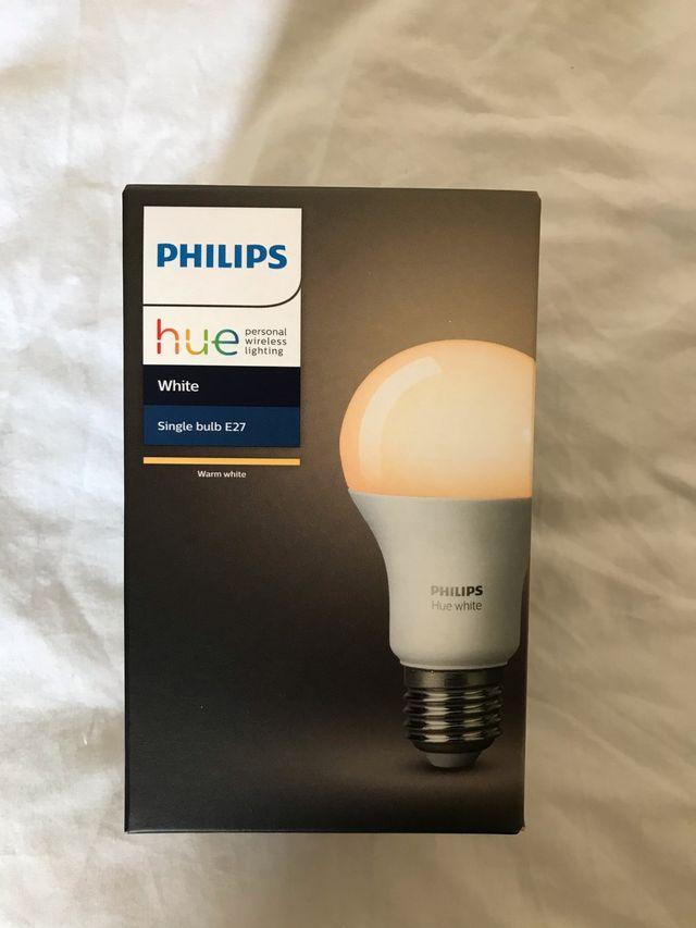 Amazon echo plus 2°gen + Philips single bulb