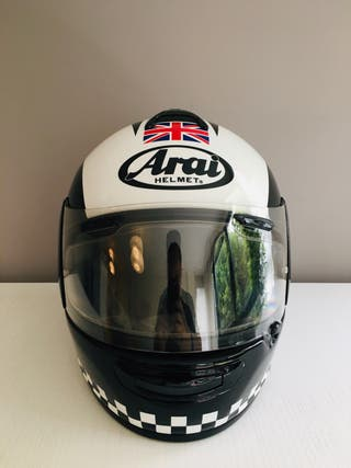 Casco Arai Chaser-V. Réplica Phil Read