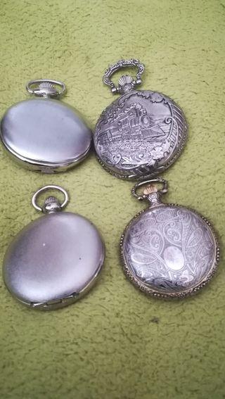 4 relojes de bolsillo, digitales