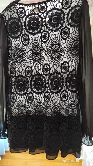 blusa negra de encaje talla 40