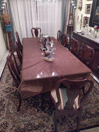 Mesa comedor con sillas exclusivas todo en caoba