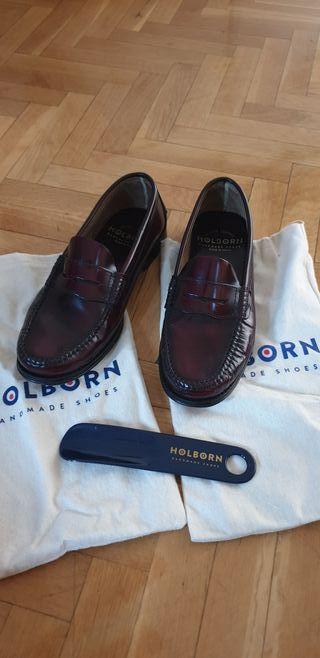 Zapato mocasín hombre burdeos