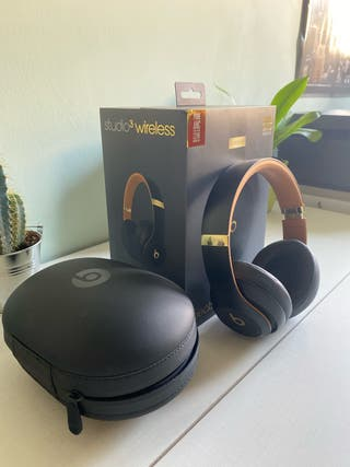 Beats Studio 3 Wireless Skyline Collection