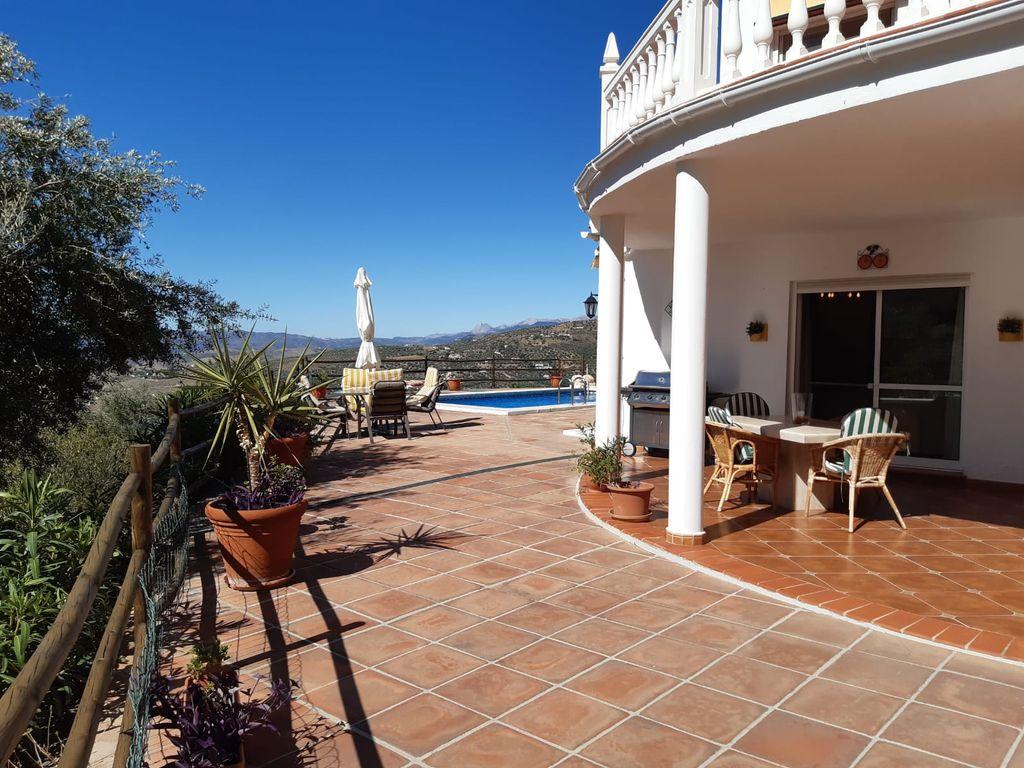 Ref.: V869 Se vende casa de campo en Alcaucin (Alcaucín, Málaga)
