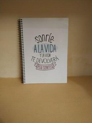 Cuaderno tamaño cuartilla