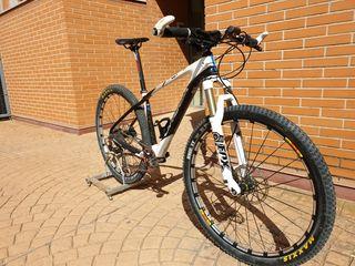 bicicleta MTB Orbea carbono