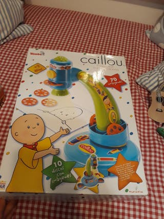 proyector dibujo caillou