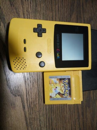 Game boy color y pokemon edicion pikachu