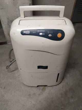 deshumificador ROCA de 20 litros.