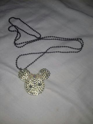 Minnie mouse long necklace