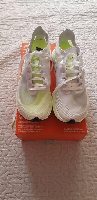 Nike zoom fly sp talla 38.5
