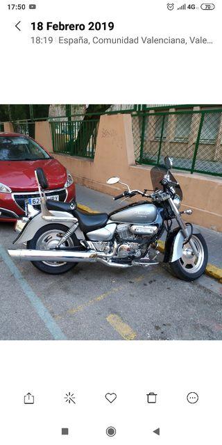MOTO CUSTOM HYOSUNG AQUILA 250
