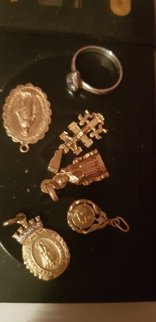 cambio,vendo,medalla de Oro,de 18kl a 33 y 35 gr