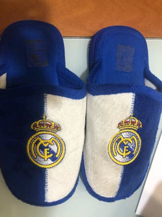 Zapatillas Real Madrid número 30