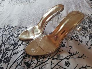 Sandalias gold transparentes nuevas