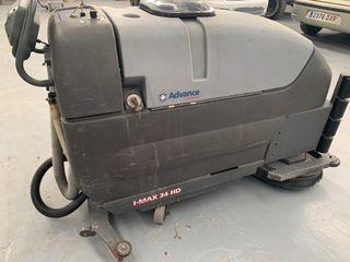 Fregadora barredora nilfisk