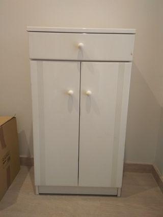 Mueble auxiliar lavabo