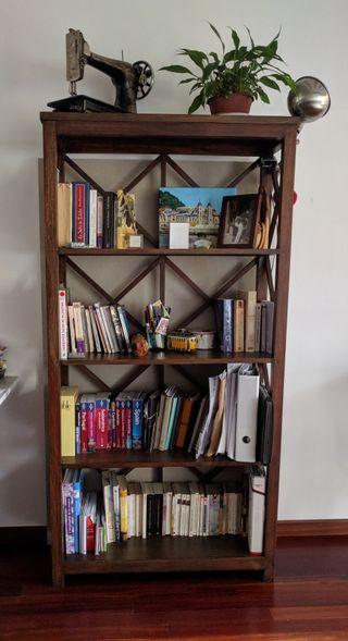 Biblioteca estantería librería madera