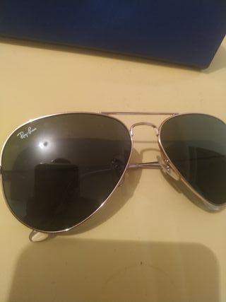 gafas de sol rayban.. aviador nuevas!!!