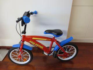 Bicicleta infantil patrulla canina