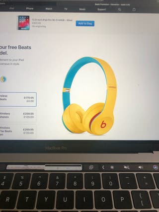 BEATS SOLO 3 BRAND NEW SEALED